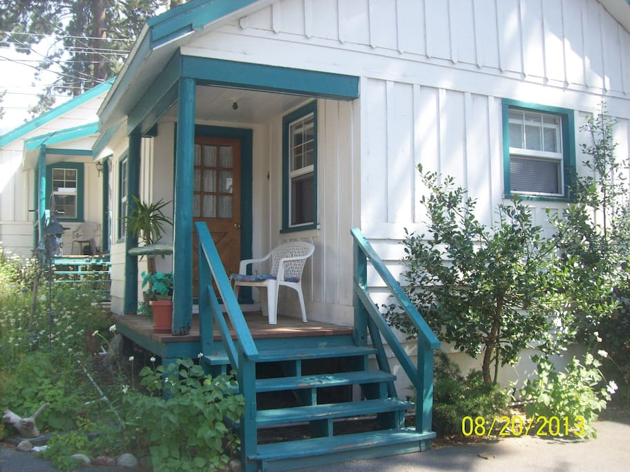 Little home away from home cabins for rent in south lake for Home away from home cabins