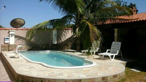 Casa em Cabo Frio com Piscina! Toda independente!