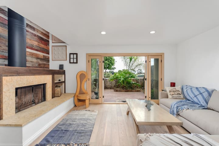 Malibu Private Townhouse with 3 bicycles included