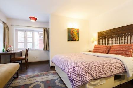 Mitra Room D - Kathmandu - Bed & Breakfast