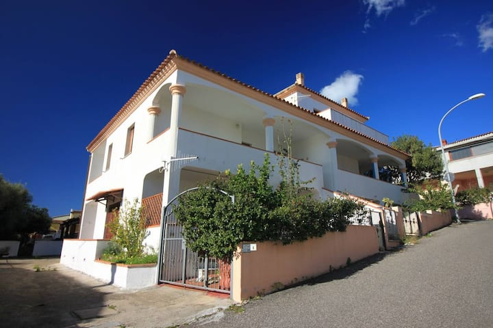 La Casa con la  Valigia welcomes you in Posada