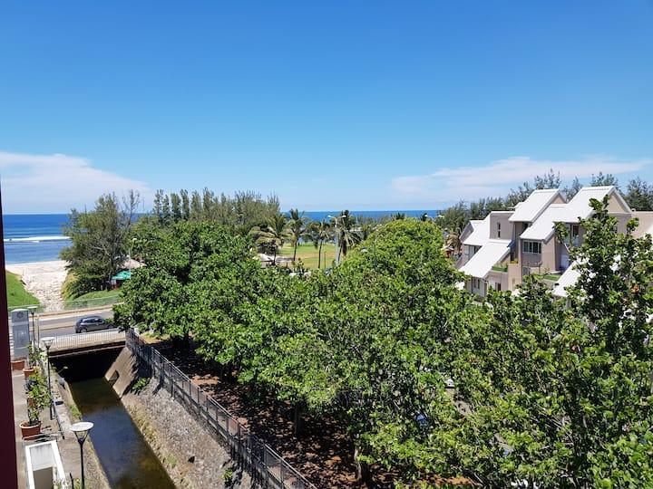 Appartement à 100 mètres de la plage (st pierre)