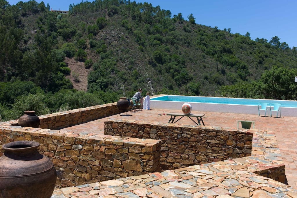 The heated salt water pool with its sundecks are located up the hill and dispose of a breathtaking view over the valley