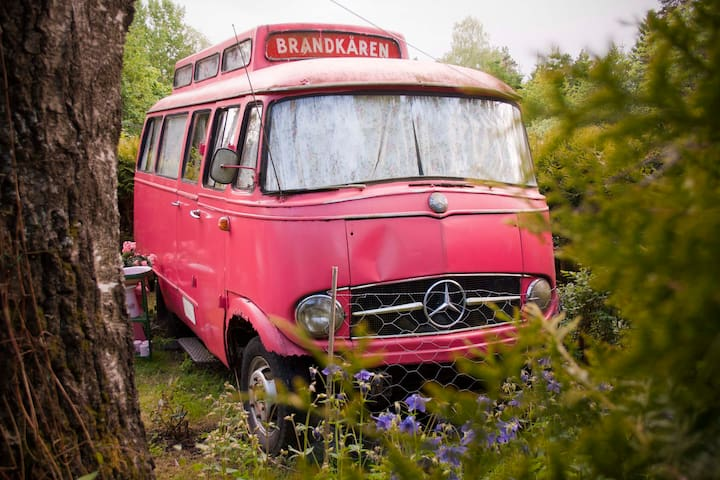 The Pink, Swedish Fire Truck  - Vestby - Skåpbil