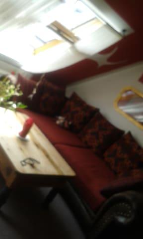 spezielle Dachgeschosswohnung - Plauen - Διαμέρισμα