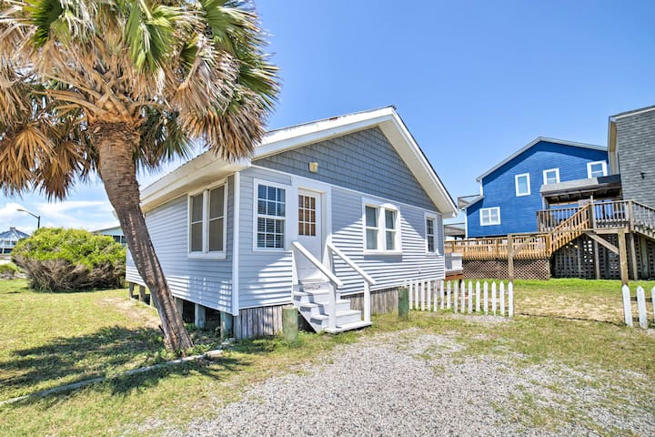 Oak Island Home w/Deck & Grill-Steps to Ocean