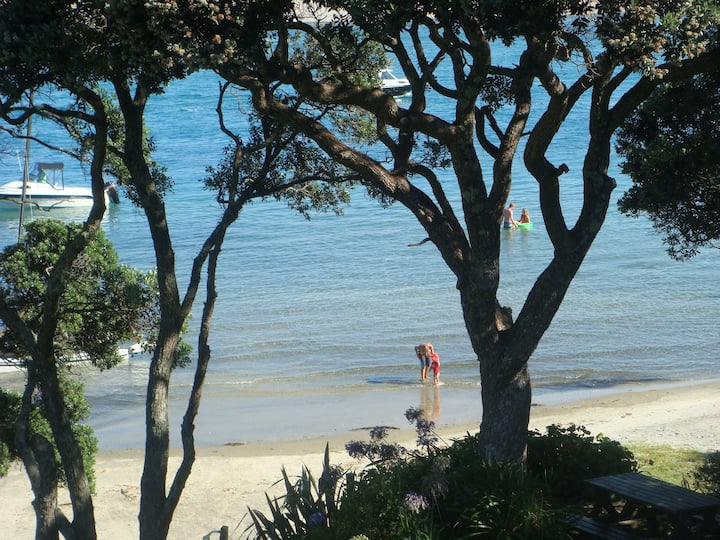 Beachfront Apartment, Mangawhai Heads