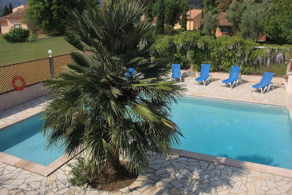 Appart n 5 3 pers avec piscine apartments for rent for Camping corse bastia avec piscine