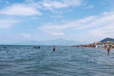 Close the sea, few km from Naples, Rome, Pompei...