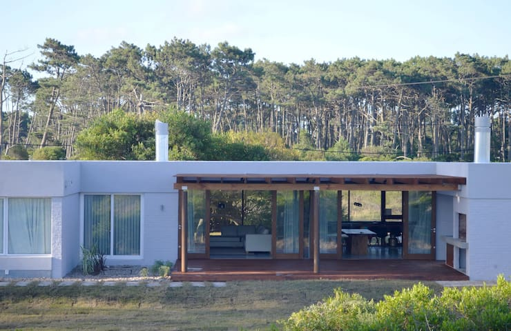 Modern house, steps from beach  - Chihuahua
