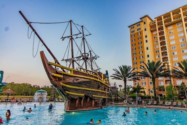 Disney/2B+2B Resort Firework Suite/PiratePool OPEN
