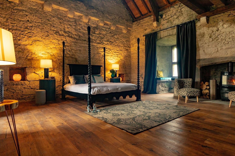 Rí Ailig Bedroom