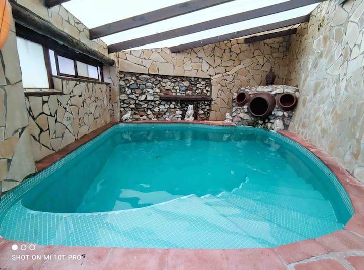 Villa Jardín piscina privada climatizada