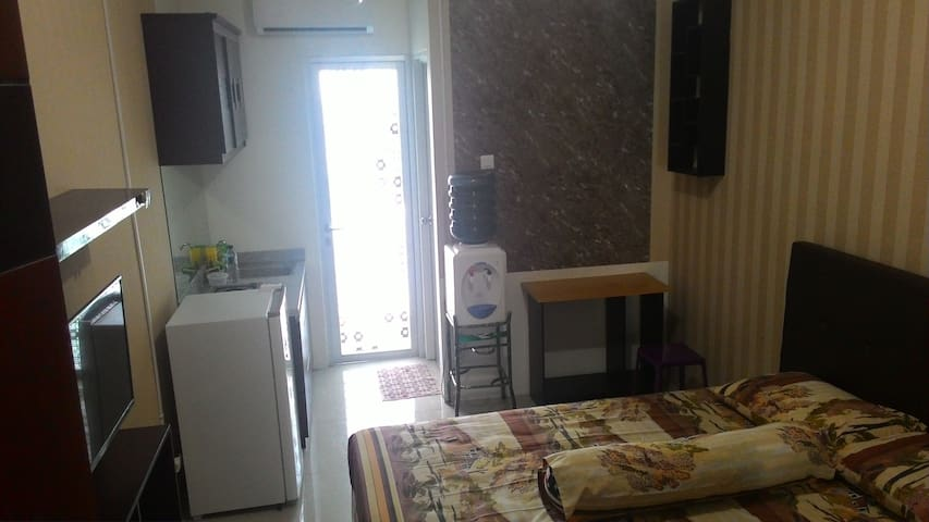 Double R room - Rungkut - Apartment