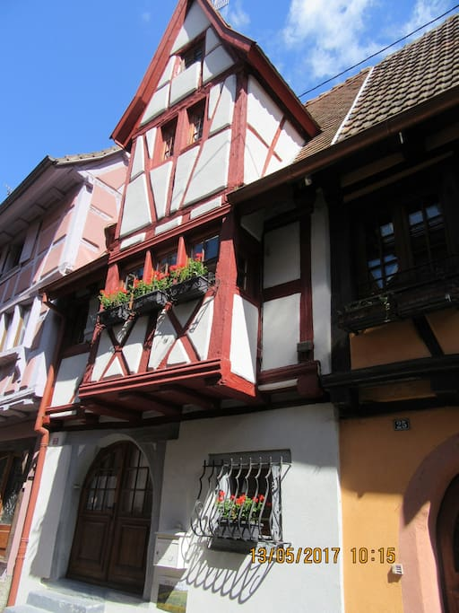 g te de charme l 39 aubaine colmar eguisheim houses for rent in eguisheim grand est france. Black Bedroom Furniture Sets. Home Design Ideas
