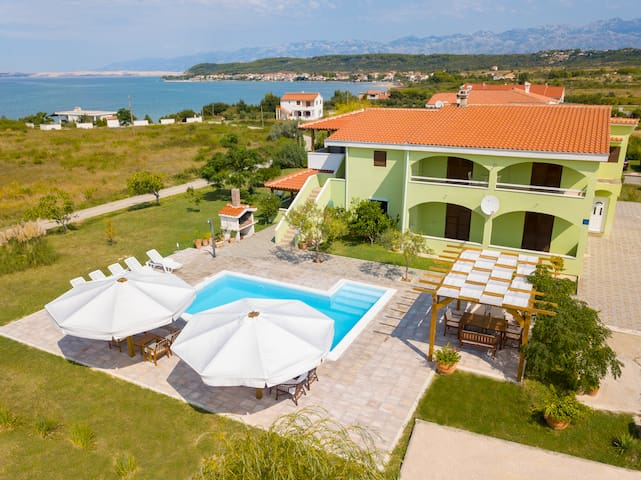 Apartment Bruna with Pool for 6-8 persons,sea view