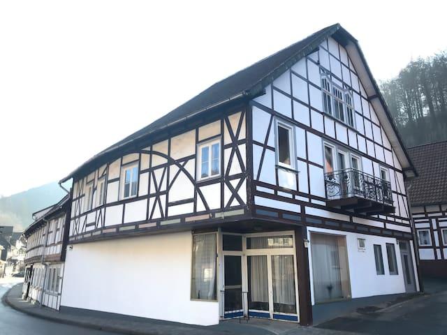 """Zimmer für 2 im Luftkurort am Harz (""""Altes Haus"""")"""