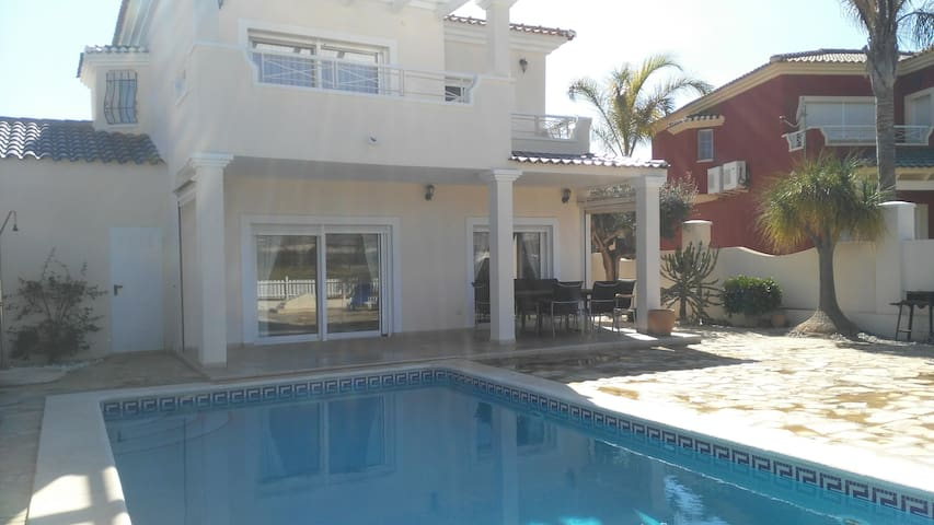 Familiy villa with private pool and fantastic view