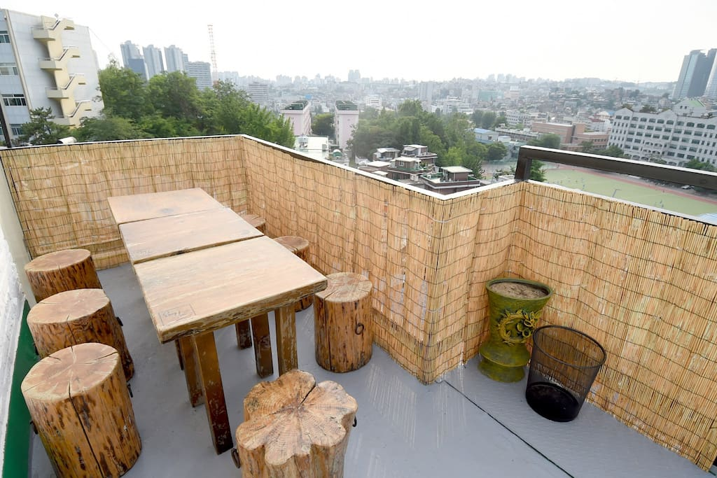 A cozy bar on the rooftop.