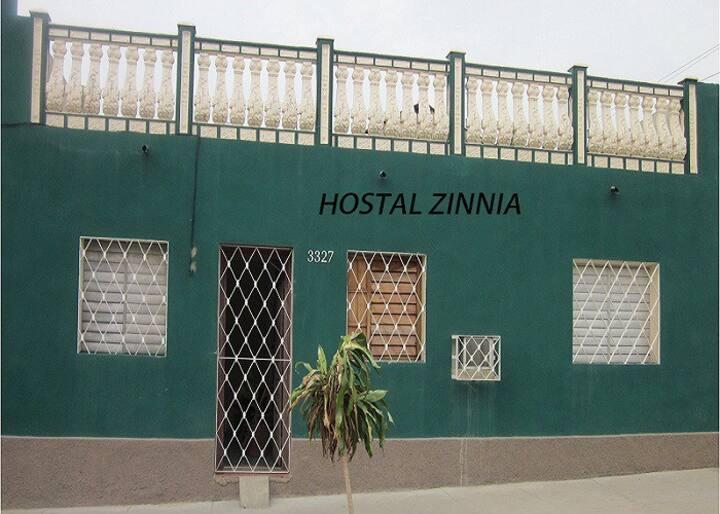 Hostal Zinnia, La Esquina Verde