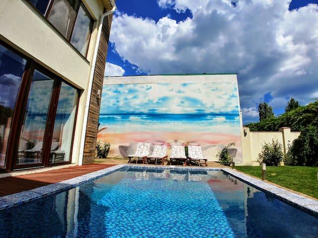 Elite Villa in Sovinyon. Odessa