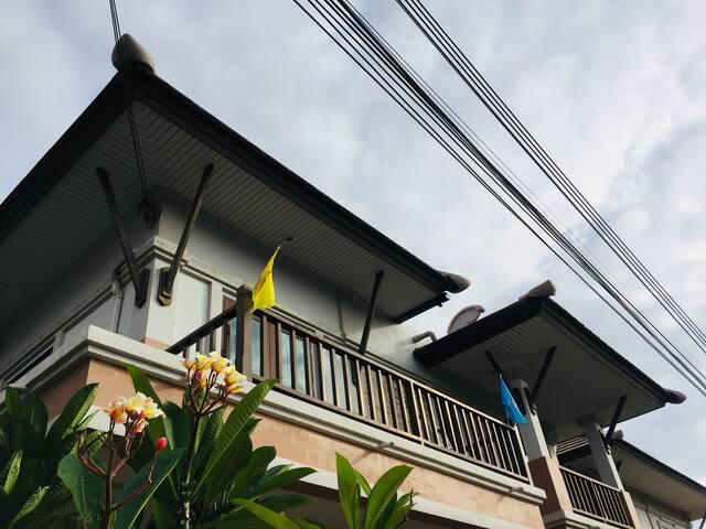 Piyawat Bangsean Koii Pool Villa