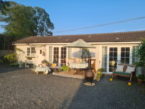 Greers Cottage is NITB 4****  Rated/Self Catering