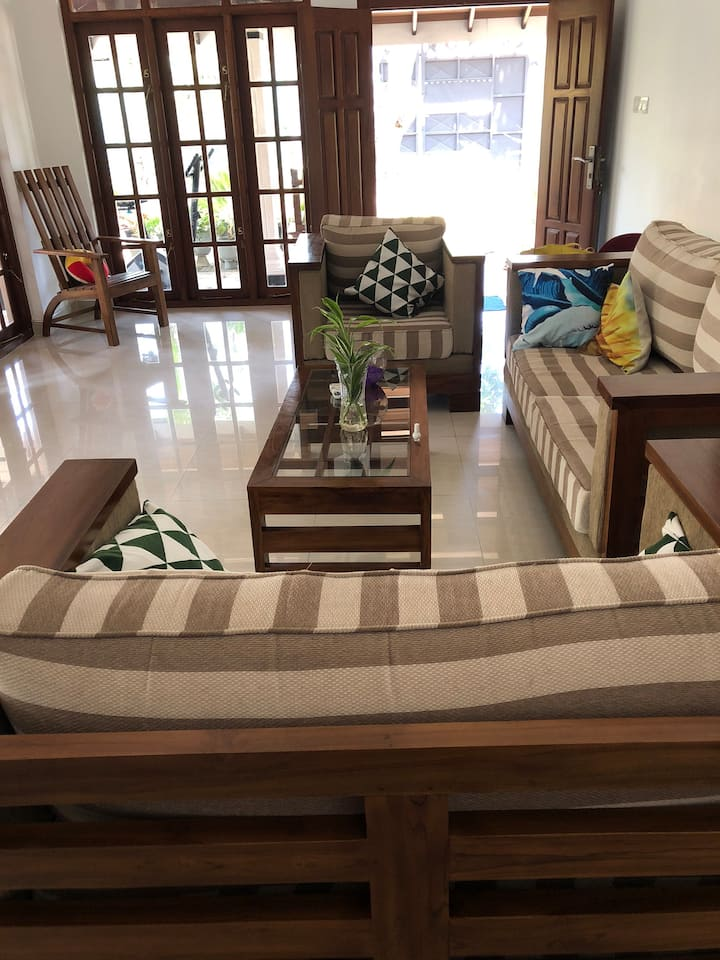 Risa Tours And Home Stay Negombo