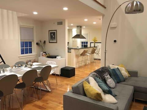 Modern Somerville Cottage