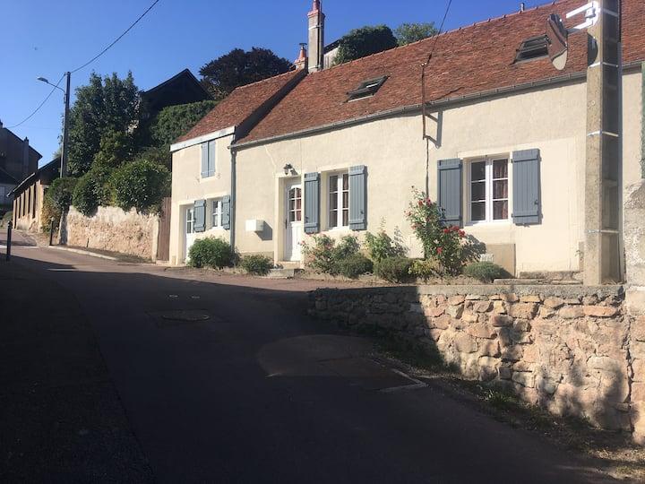La petite Chaumette à 2 mn du centre d'Avallon