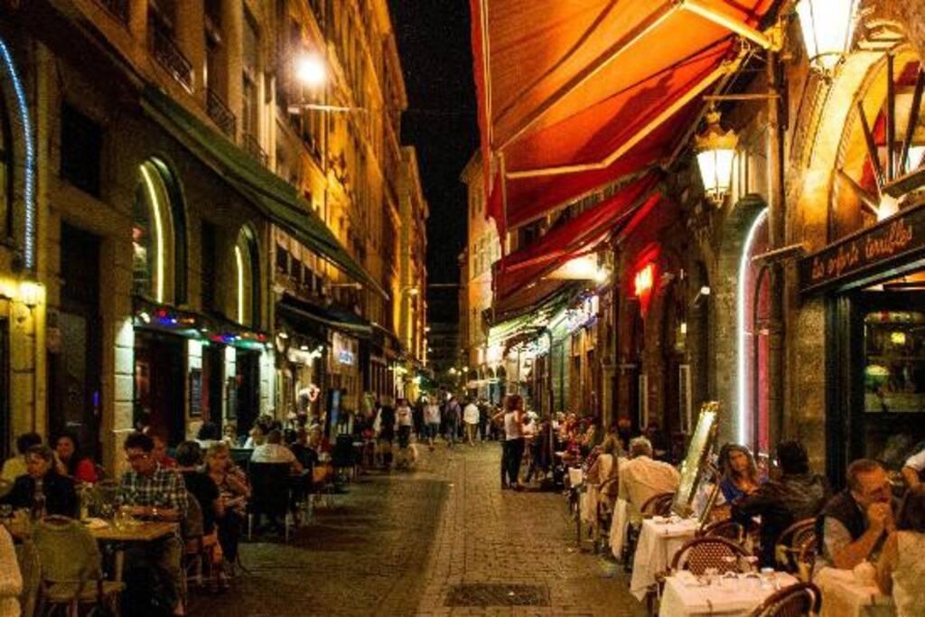 Un bouchon rue Mercière