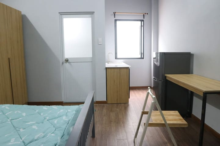 New Room - Early Check In 8am & Private Bathroom