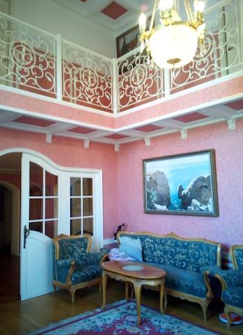 Уютный дом с хорошим участком - Vsevolozhsk - Casa