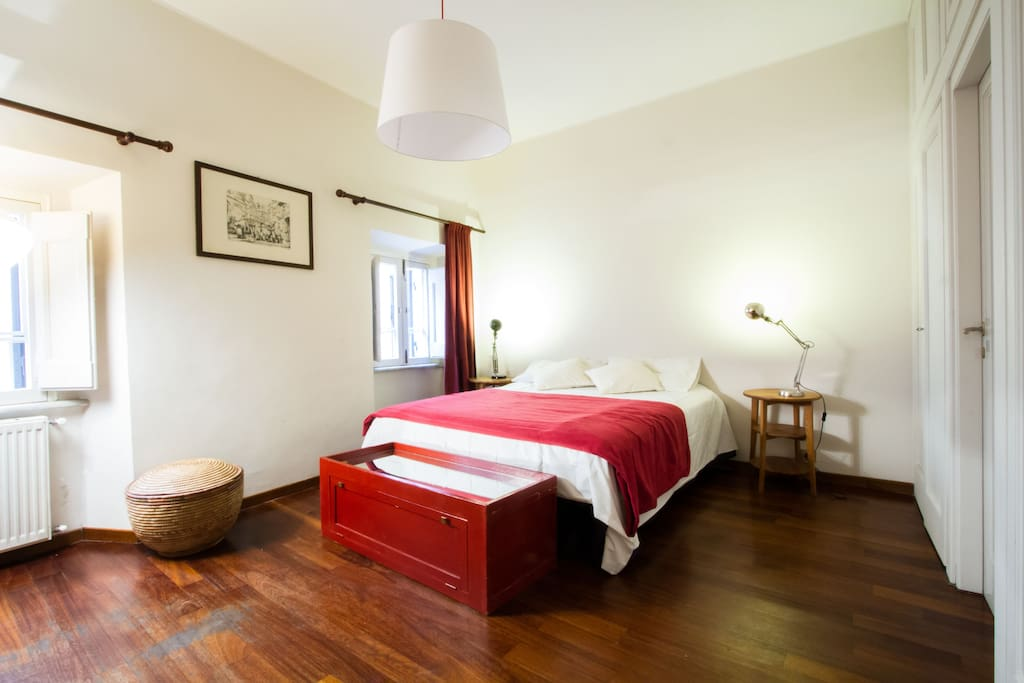 Spanish steps studio apartment apartments for rent in for Studio apartments in rome