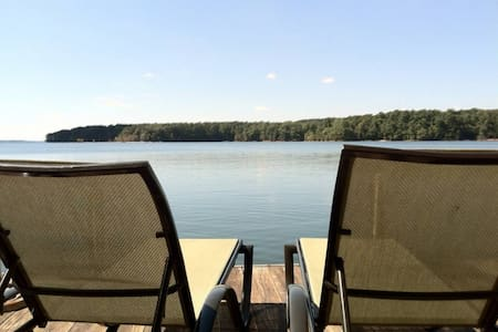 Lake Hartwell Getaway- Big Water - Dock - Андерсон