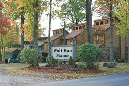 Wolf Run Manor at Treasure Lake - DuBois - Apartment