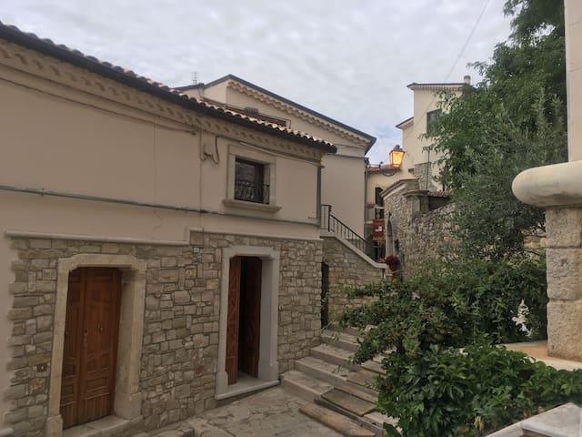 """""""AL CASTELLO"""" - Rocca San Felice - Huis"""