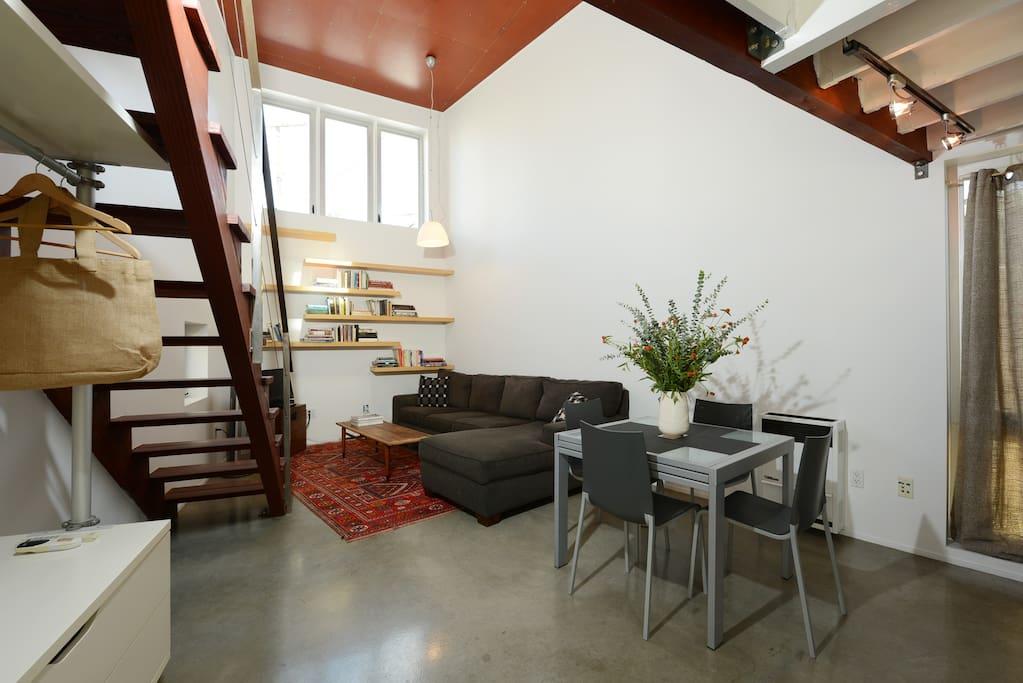 modern , comfortable open floor plan