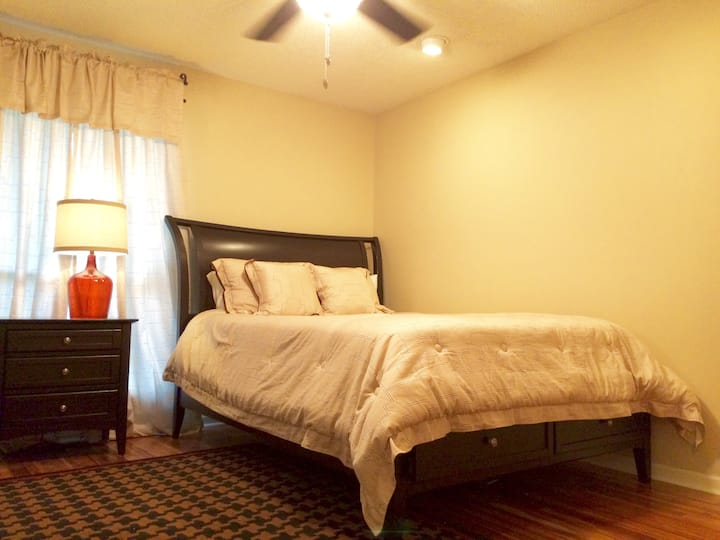 Fully Furnished Apartment near LSU