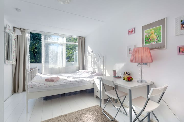 special price! januari! big bright Sleepingroom