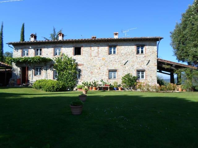 Casolare Lucca della fine del '700 - Lucca - House