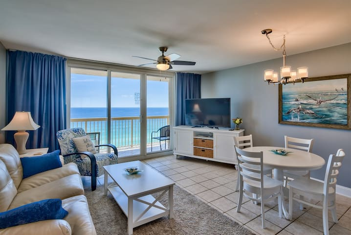 Pelican 16th floor 1 bedroom Condo on the beach