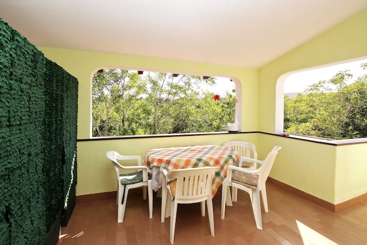 Apartment for 2-4 Persons 300 m from Sea