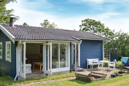 Holiday cottage with 2 bedrooms on 48m² in Skibby