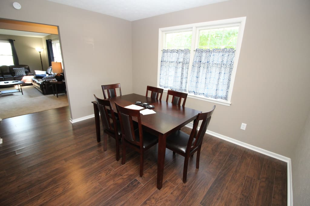 Large 6 person table makes for plenty of dining space right off the kitchen!