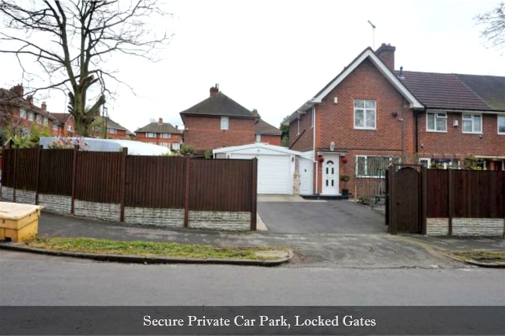 Front House Gates