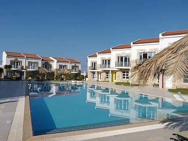 Grapevines Villas, Makrygialos