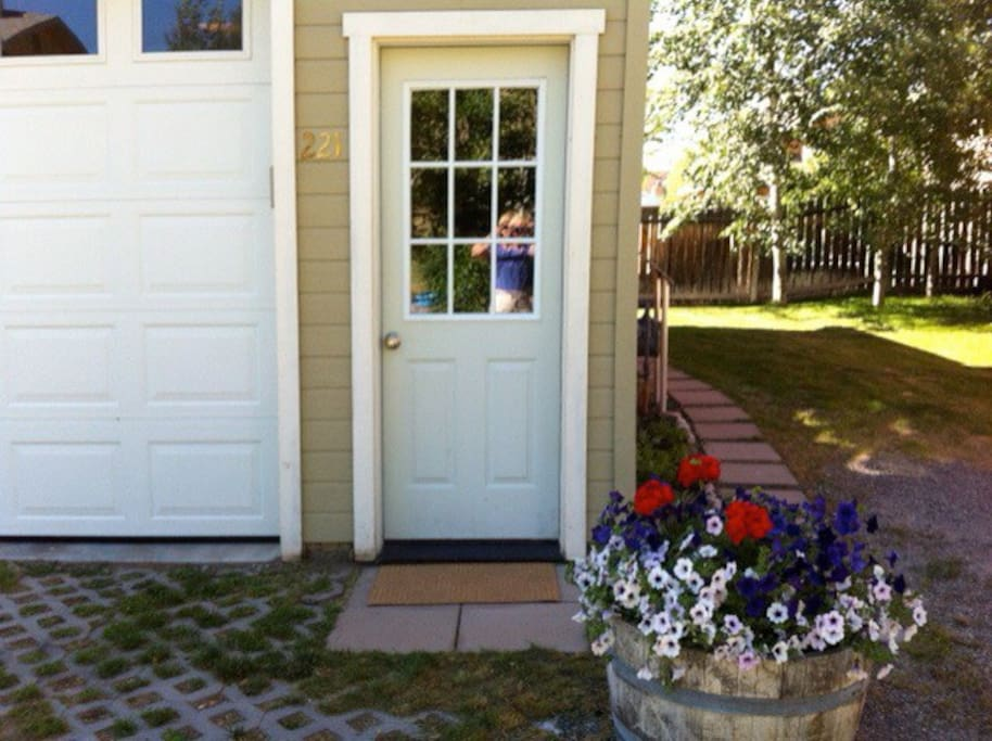 Your private entrance with parking space