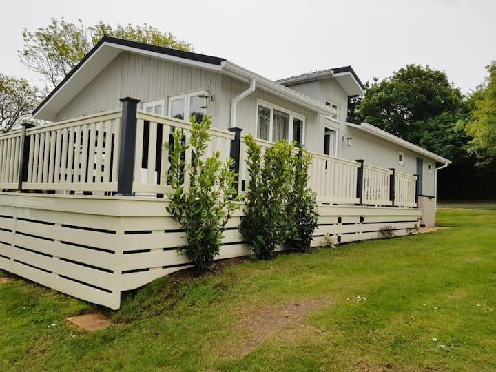 Luxury Lodge, Shorefields Holiday Park, Hampshire