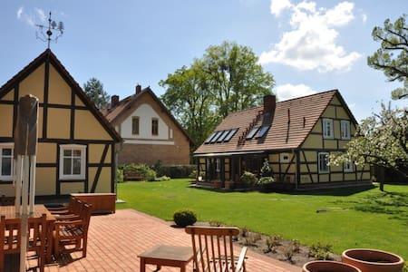 idyllisches Jagdhaus am Bebersee - Ev